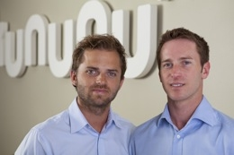 kununu Gründer und Geschäftsführer Mark und Martin Poreda präsentieren Deutschlands beste Arbeitgeber für Frauen Foto: www.kununu.com