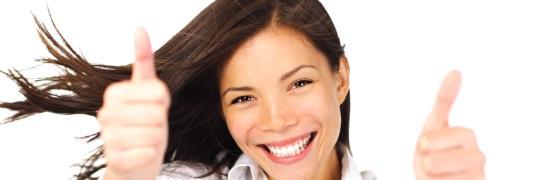 Frau lachend